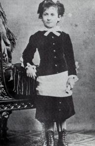 Maria_Montessori_(um_1880)