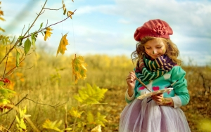child_painter_palette_nature_autumn_67376_3840x2400